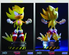 SONIC THE HEDGEHOG SUPER SONIC STATUE