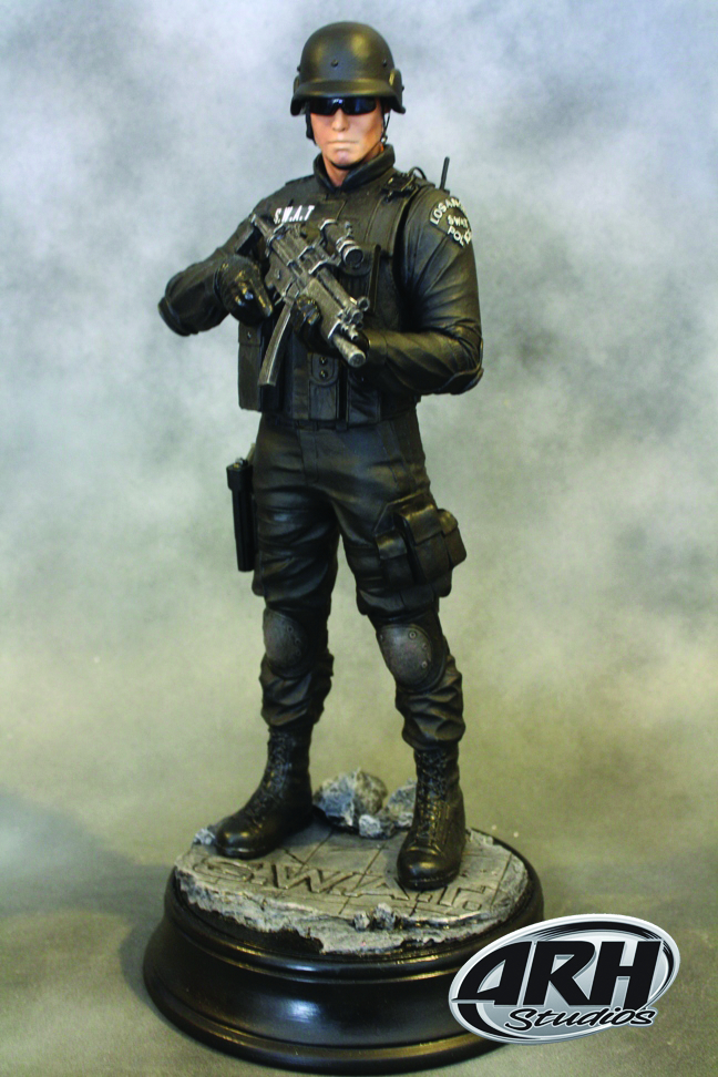 OCT101599 - SWAT OFFICER 1/6 SCALE STATUE BLACK UNIFORM - Previews World