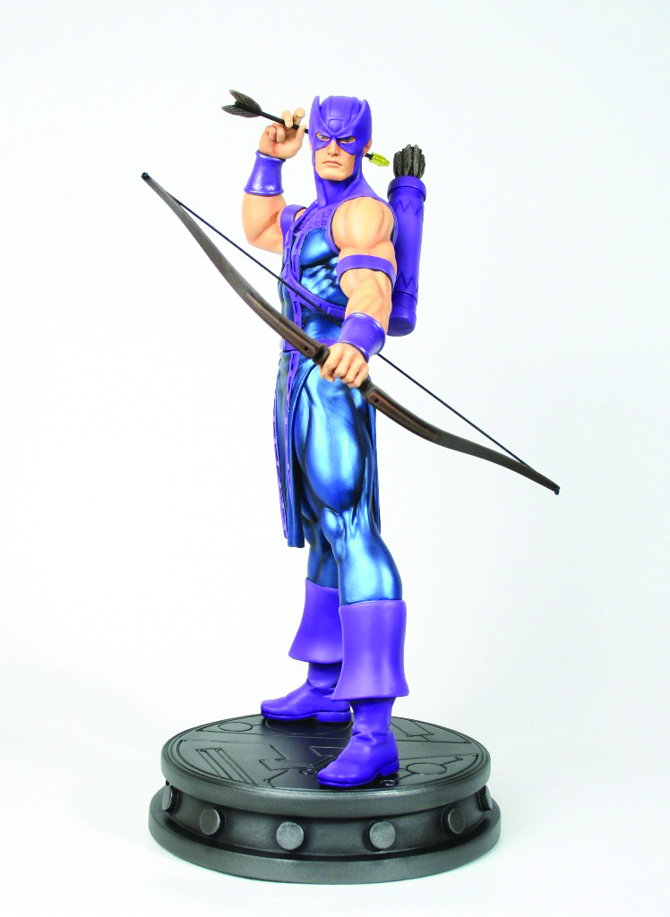 HAWKEYE MUSEUM POSE STATUE