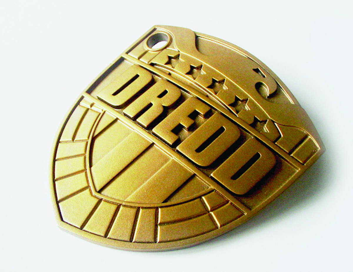 JUDGE DREDD 1:1 SCALE REPLICA BADGE