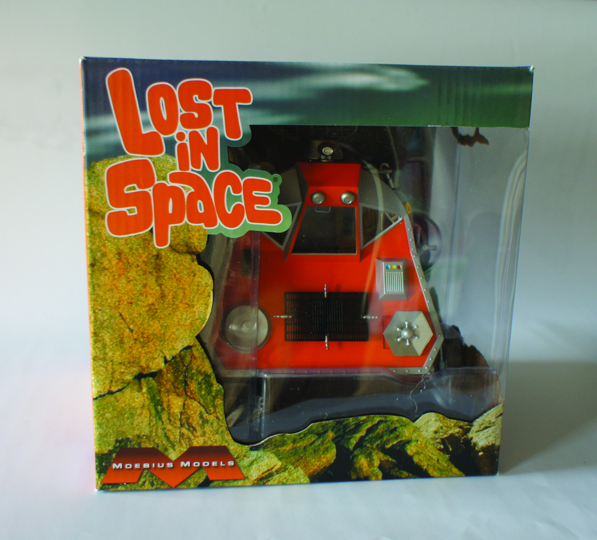 LOST IN SPACE SPACE POD 1/24 FINISHED MODEL KIT