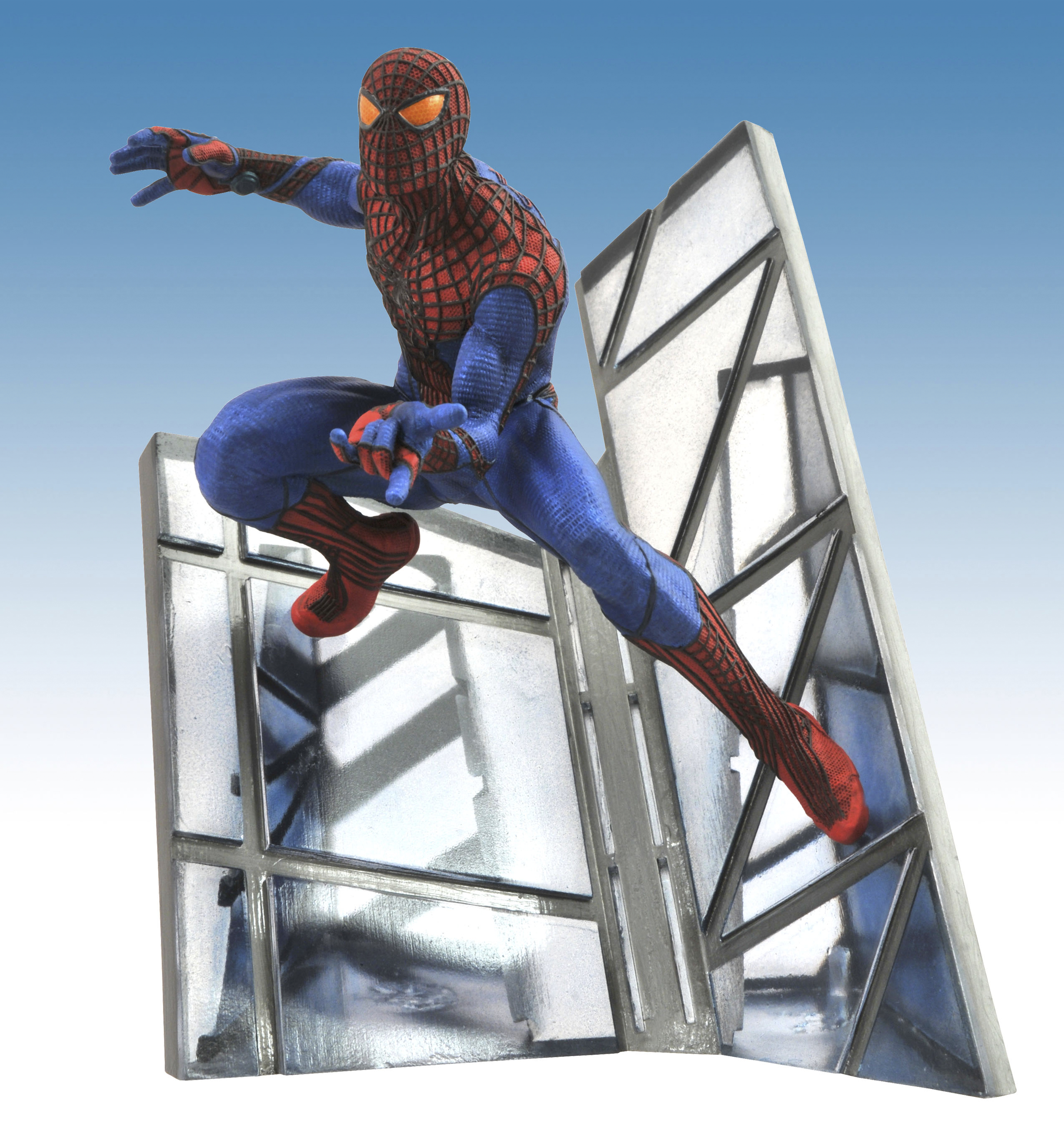 AMAZING SPIDER-MAN MOVIE STATUE