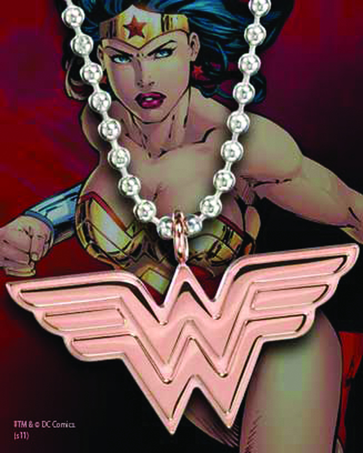 WONDER WOMAN STAINLESS STEEL ROSE GOLD PENDANT