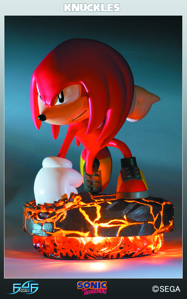 SONIC THE HEDGEHOG KNUCKLES STATUE