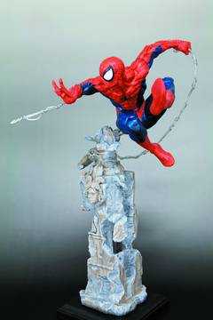 AMAZING SPIDER-MAN SM UNLEASHED FINE ART STATUE