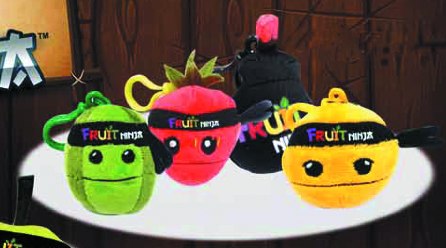 FRUIT NINJA 2-1/2 IN PLUSH BACKPACK CLIP ASST