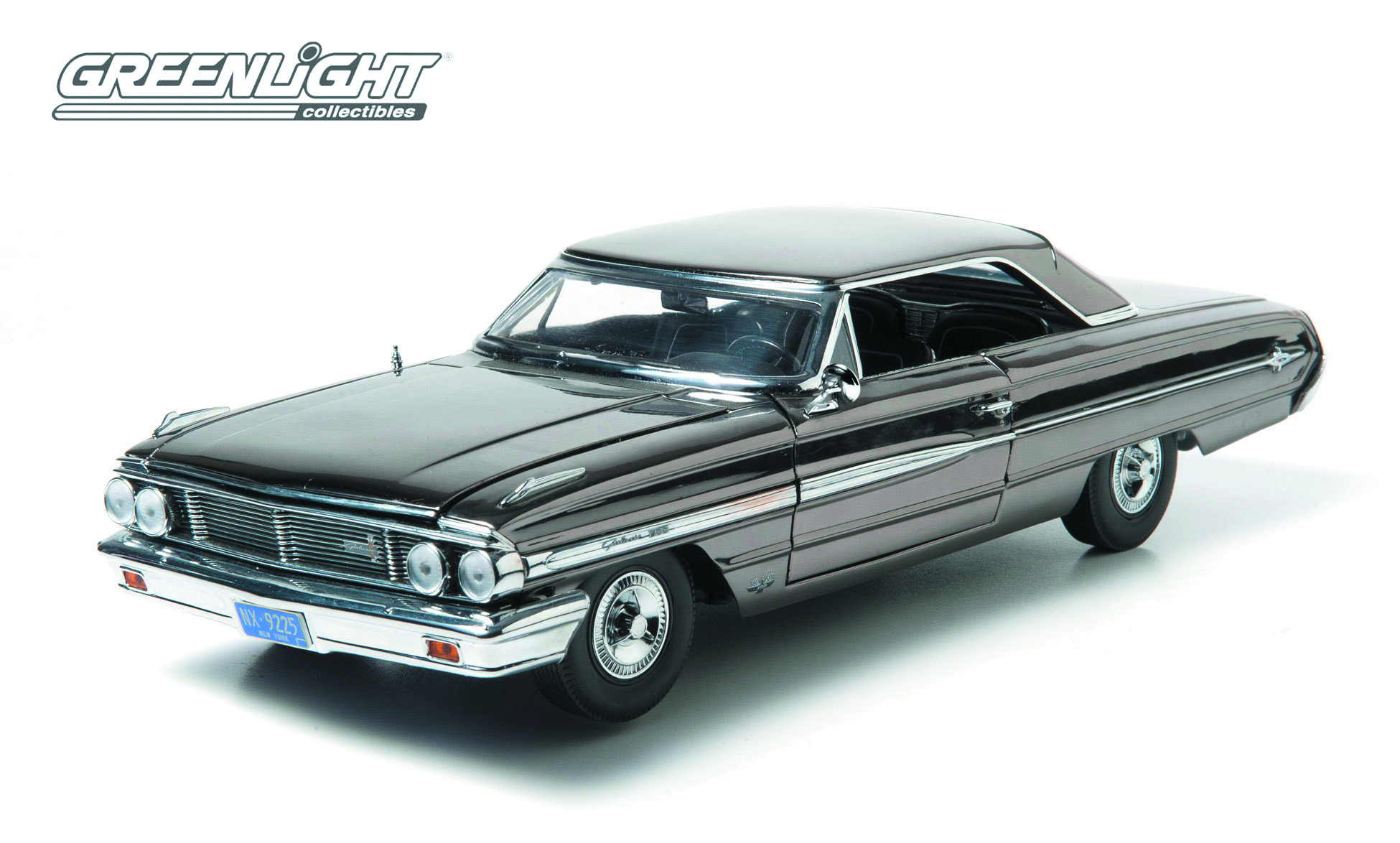 GREENLIGHT MIB3 CHROME 1964 FORD GALAXY 1/18 DIE-CAST