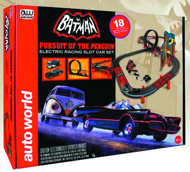 AUTO WORLD BATMAN PURSUIT PENGUIN SLOT CAR SET