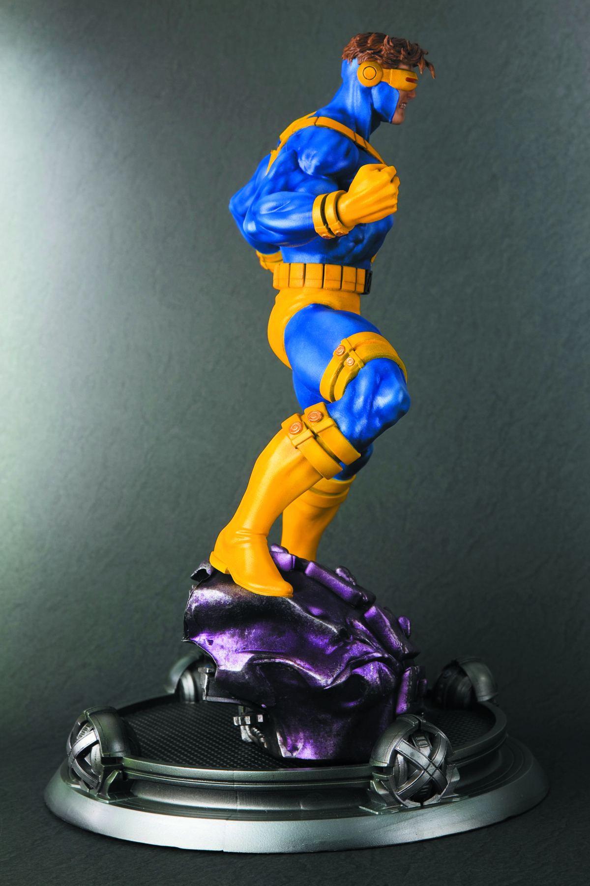 DANGER ROOM SESSIONS CYCLOPS FINE ART STATUE