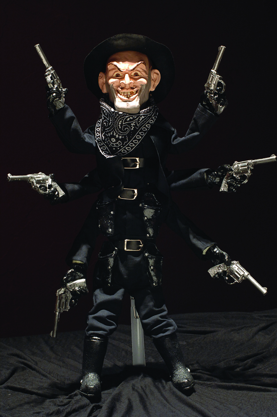 PUPPET MASTER STEALTH SIX SHOOTER 1/1 SCALE REPLICA