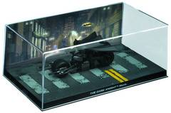DC BATMAN AUTO FIG MAG #11 DARK KNIGHT MOVIE BATPOD