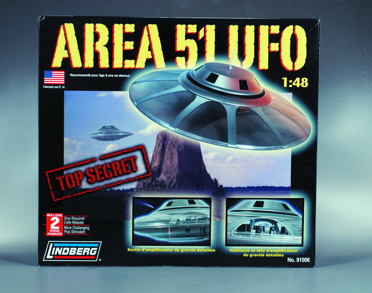JUL131933 - LINDBERG AREA 51 UFO 1/48 SCALE MODEL KIT - Previews World