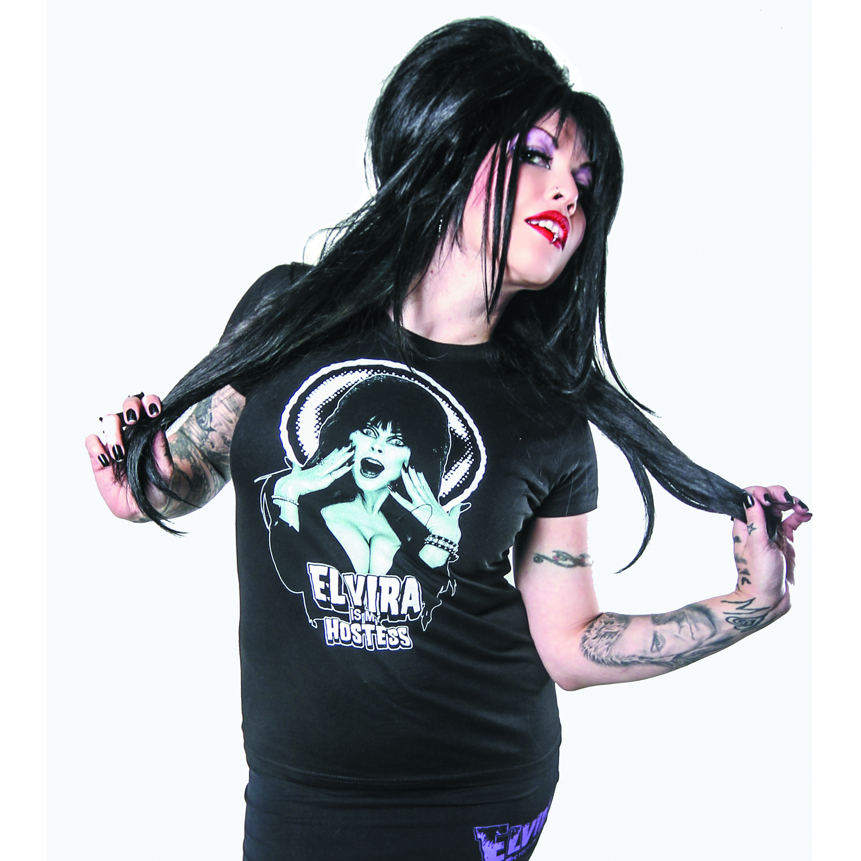 ELVIRA IS MY HOSTESS BLK T/S XXL