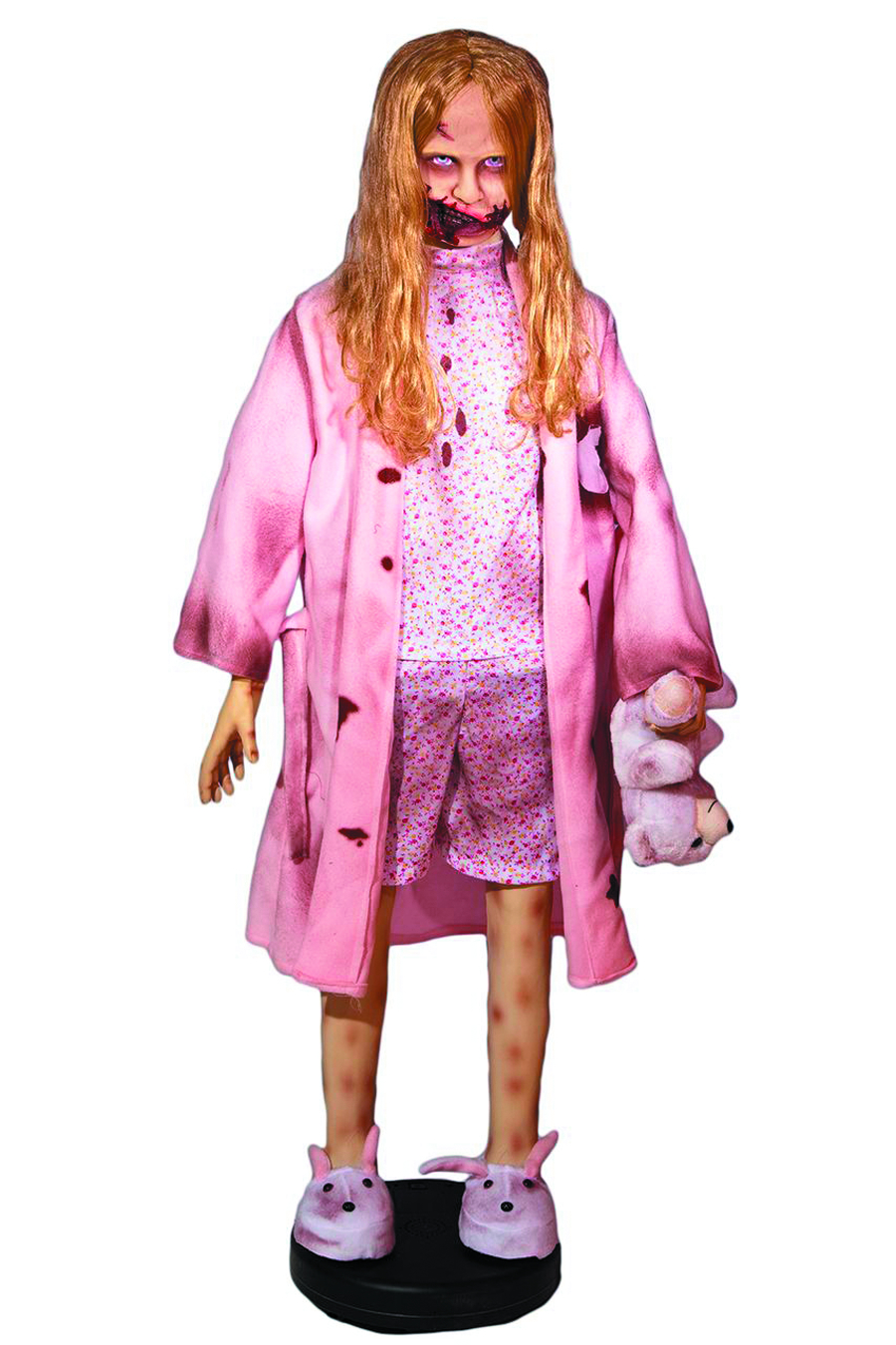 WALKING DEAD TEDDY BEAR GIRL 55 INCH ELECTRONIC FIGURE