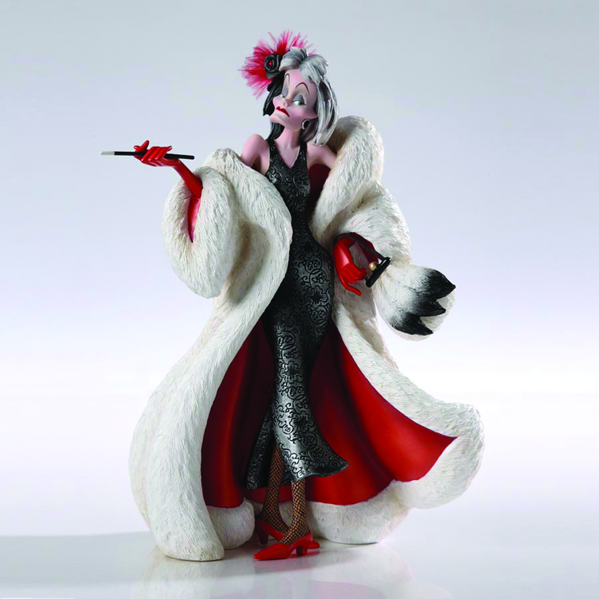 DISNEY SHOWCASE CRUELLA COUTURE DE FORCE FIG