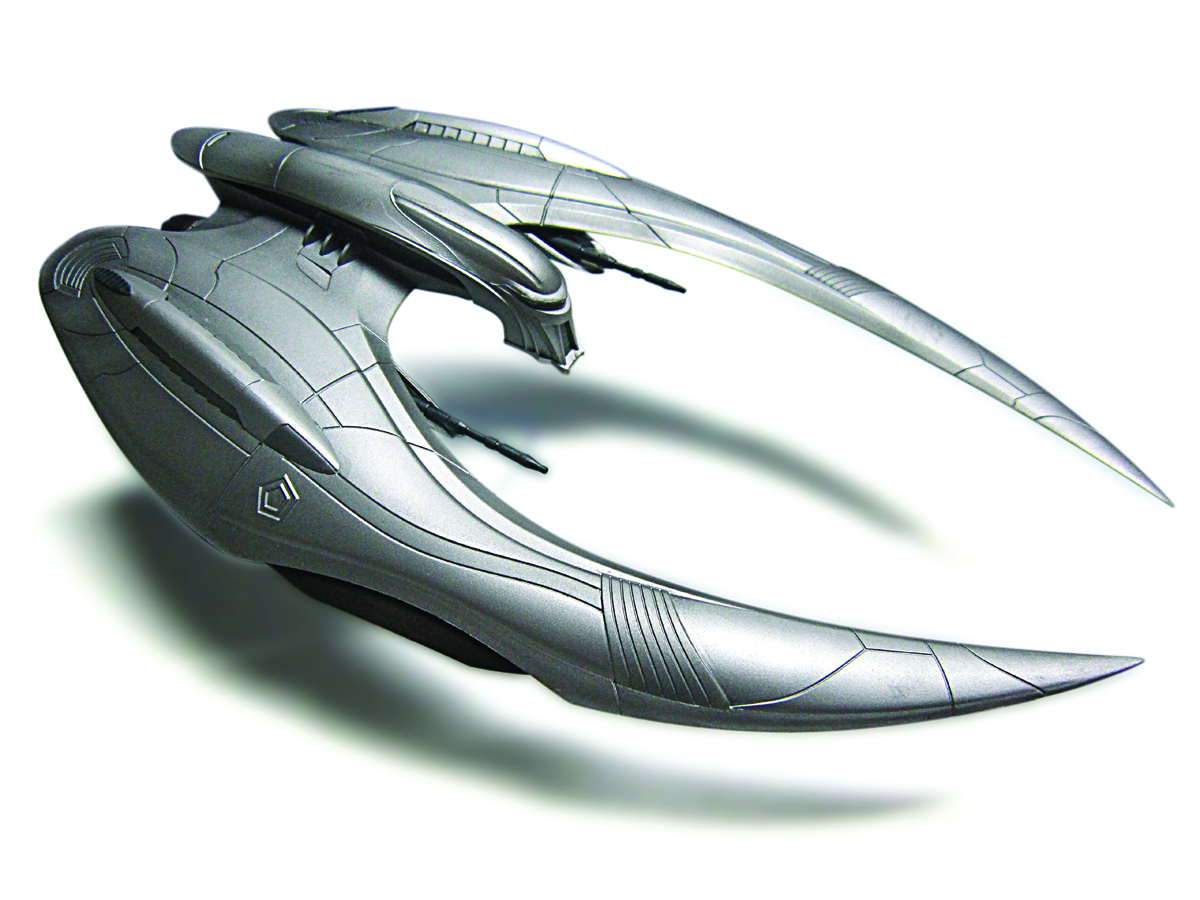 BSG CYLON RAIDER FINISHED MODEL KIT