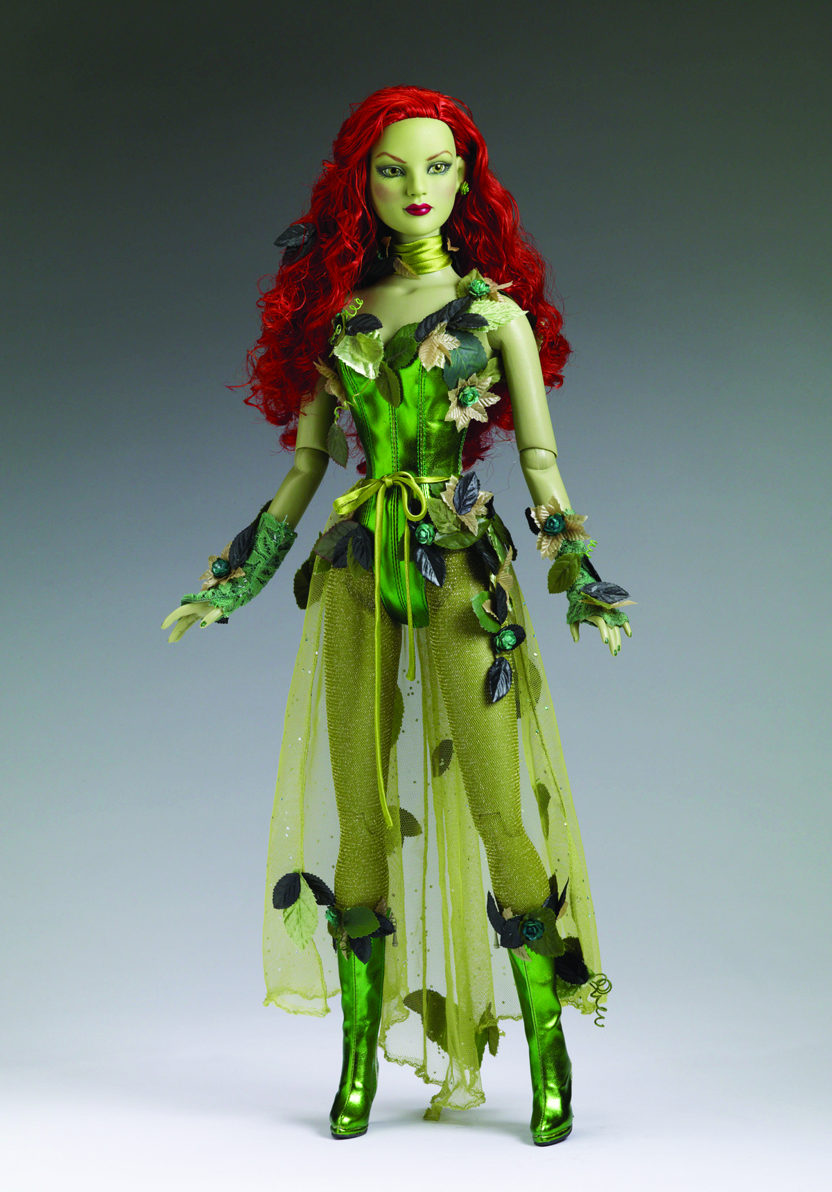 TONNER DC POISON IVY 22-IN DOLL
