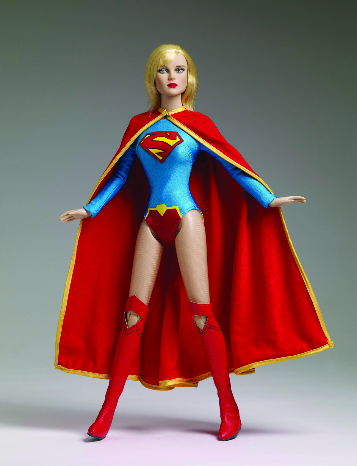 TONNER DC NEW 52 SUPERGIRL 16-IN DOLL