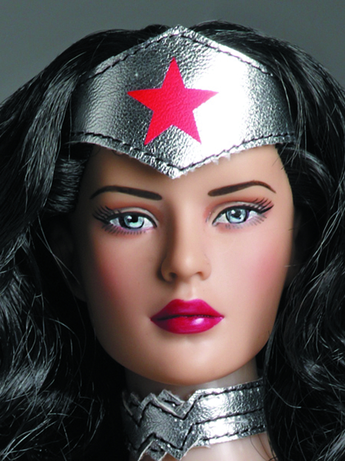 TONNER DC NEW 52 WONDER WOMAN 16-IN DOLL
