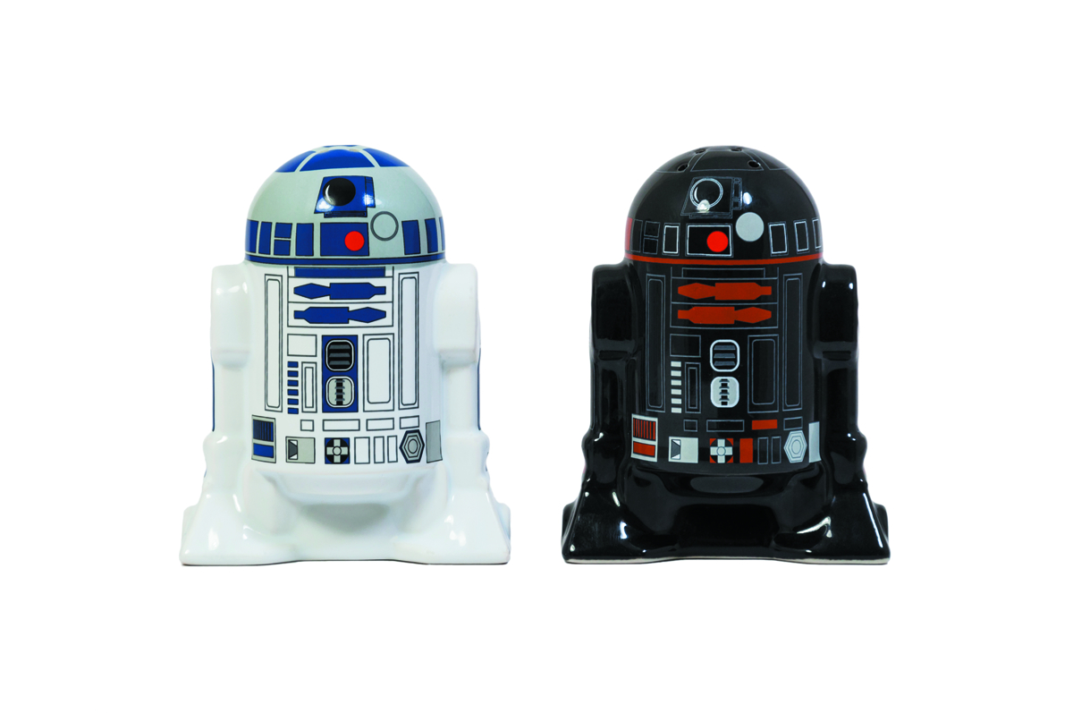 SW DROID SALT & PEPPER SHAKERS