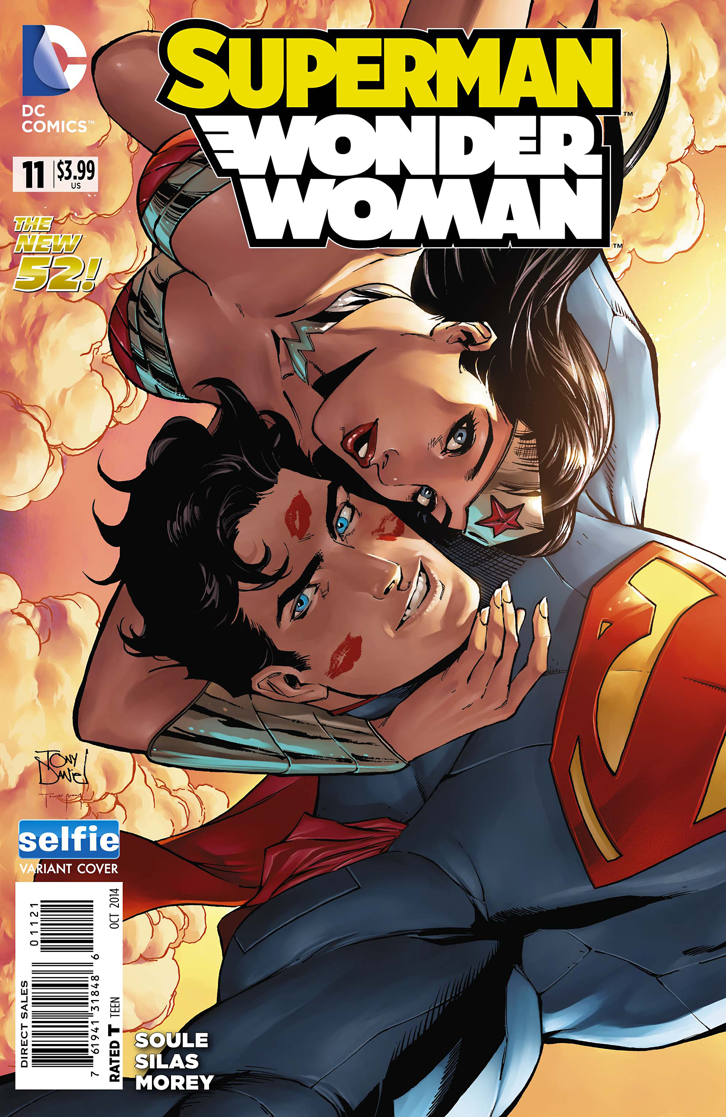 SUPERMAN WONDER WOMAN #11 DCU SELFIE VAR ED