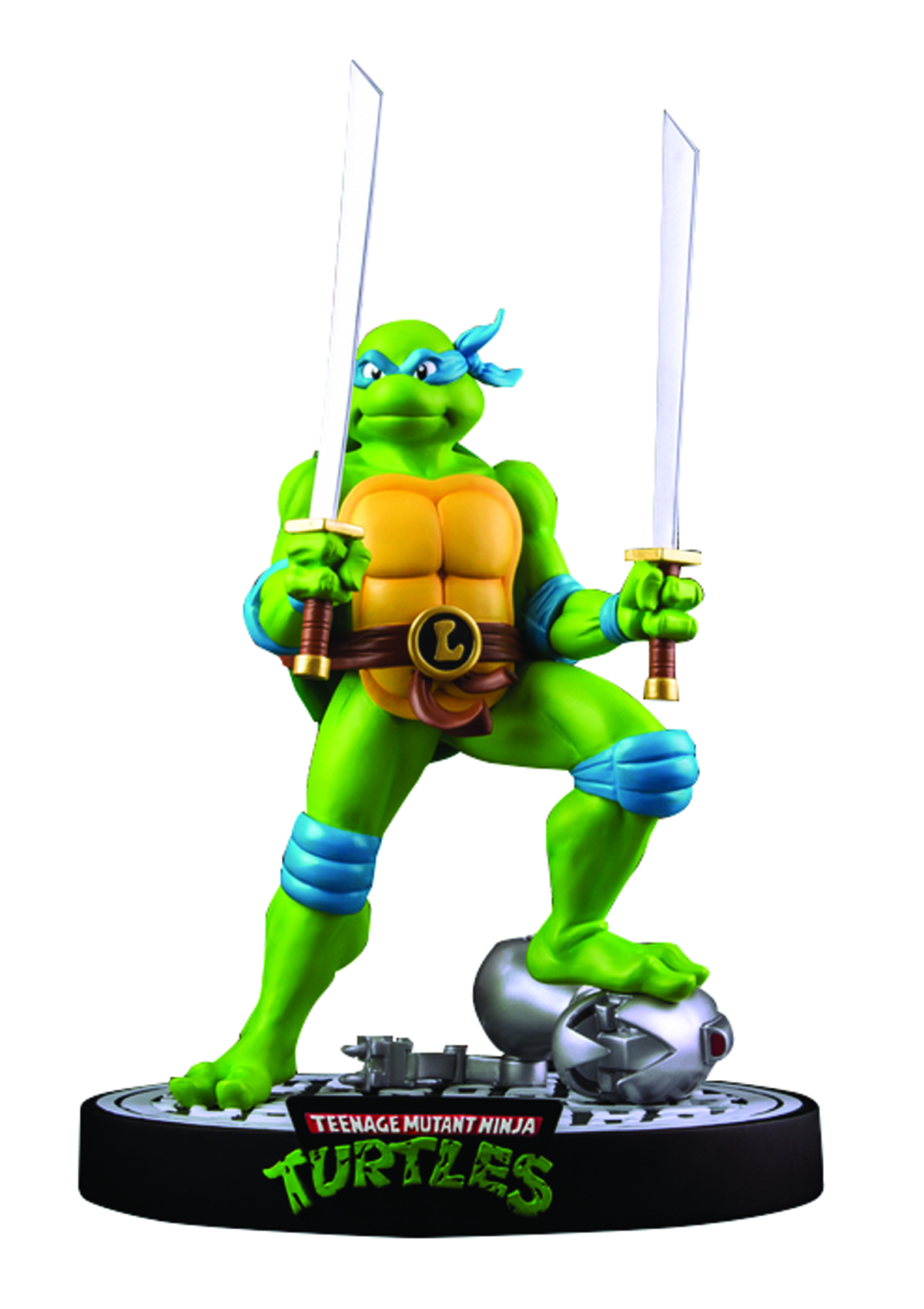 TMNT LEONARDO ON DEFEATED MOUSER STATUE