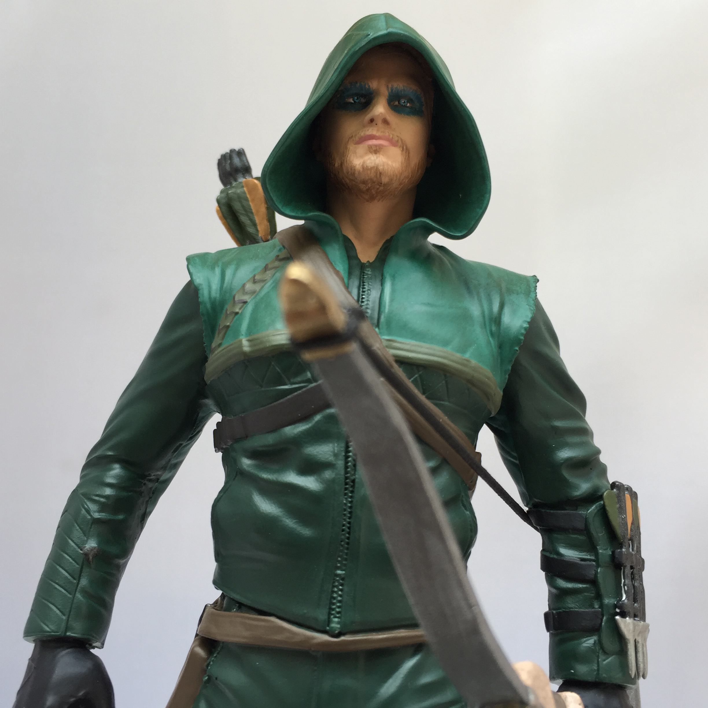 ARROW TV SEASON 1 PX STATUE PAPERWEIGHT