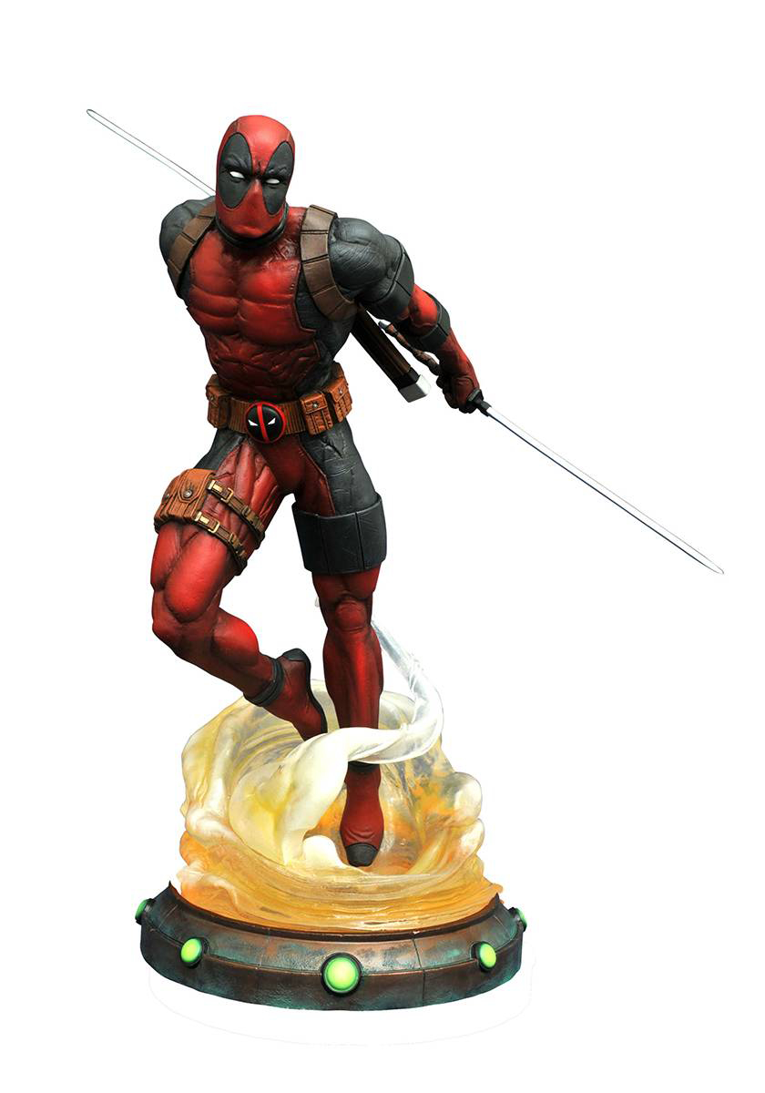 MARVEL GALLERY DEADPOOL PVC FIG