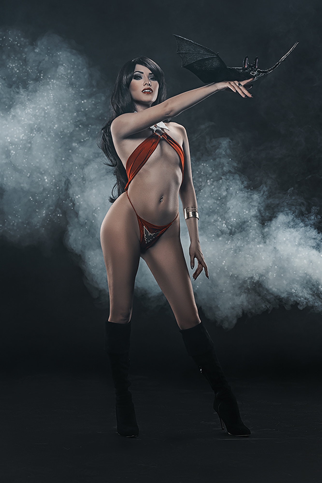 VENGEANCE OF VAMPIRELLA #1 30 COPY COSPLAY VIRGIN INCV