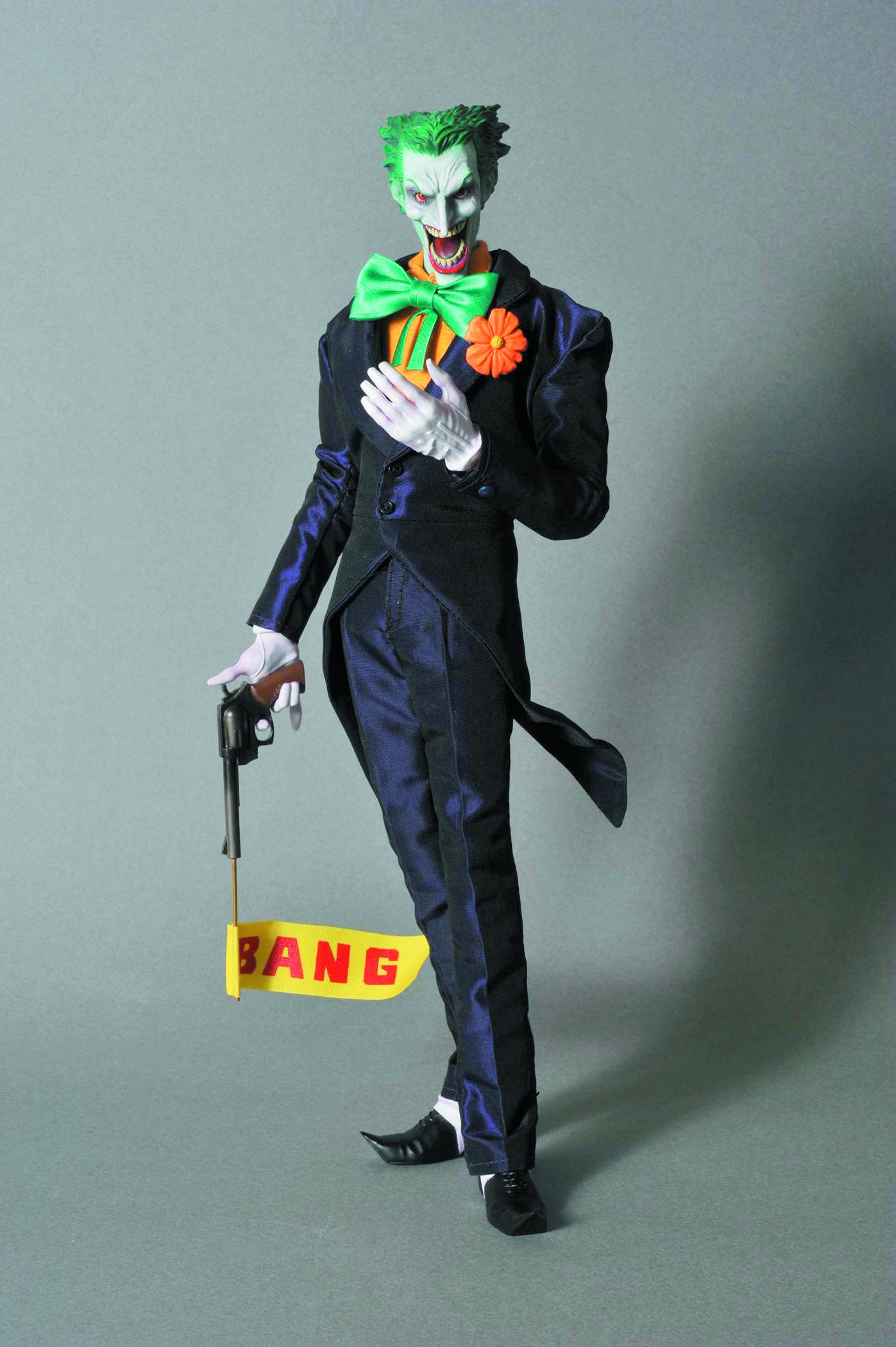 Dec118128 Batman Hush Joker Rah Previews World