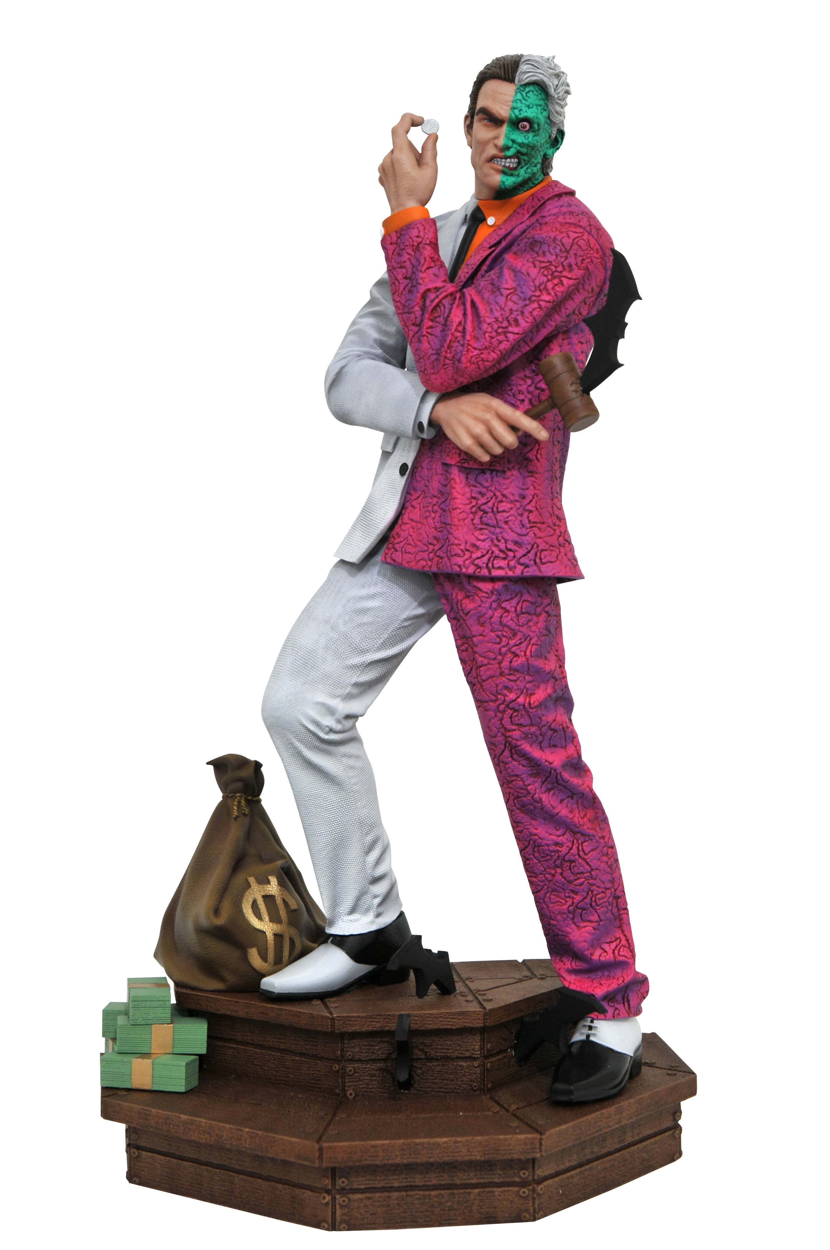 DC GALLERY TWO FACE PVC STATUE PREORDER AUG 26 2020