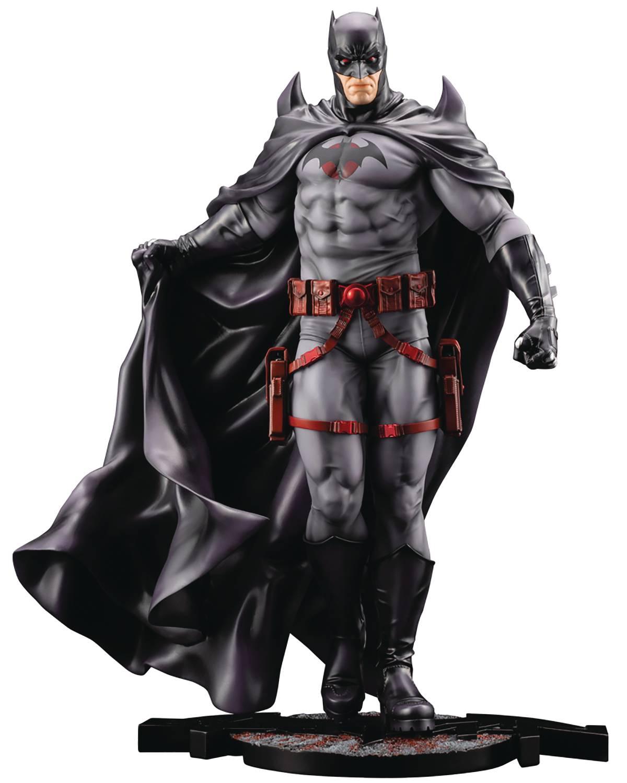 DC COMICS ELSEWORLD SERIES BATMAN THOMAS WAYNE ARTFX STATUE
