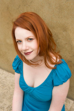 Richelle-Mead-Photo