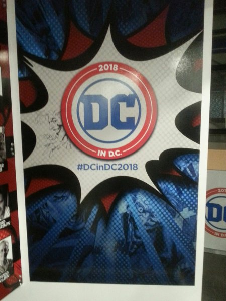 Create comics display in Pop-Up Store