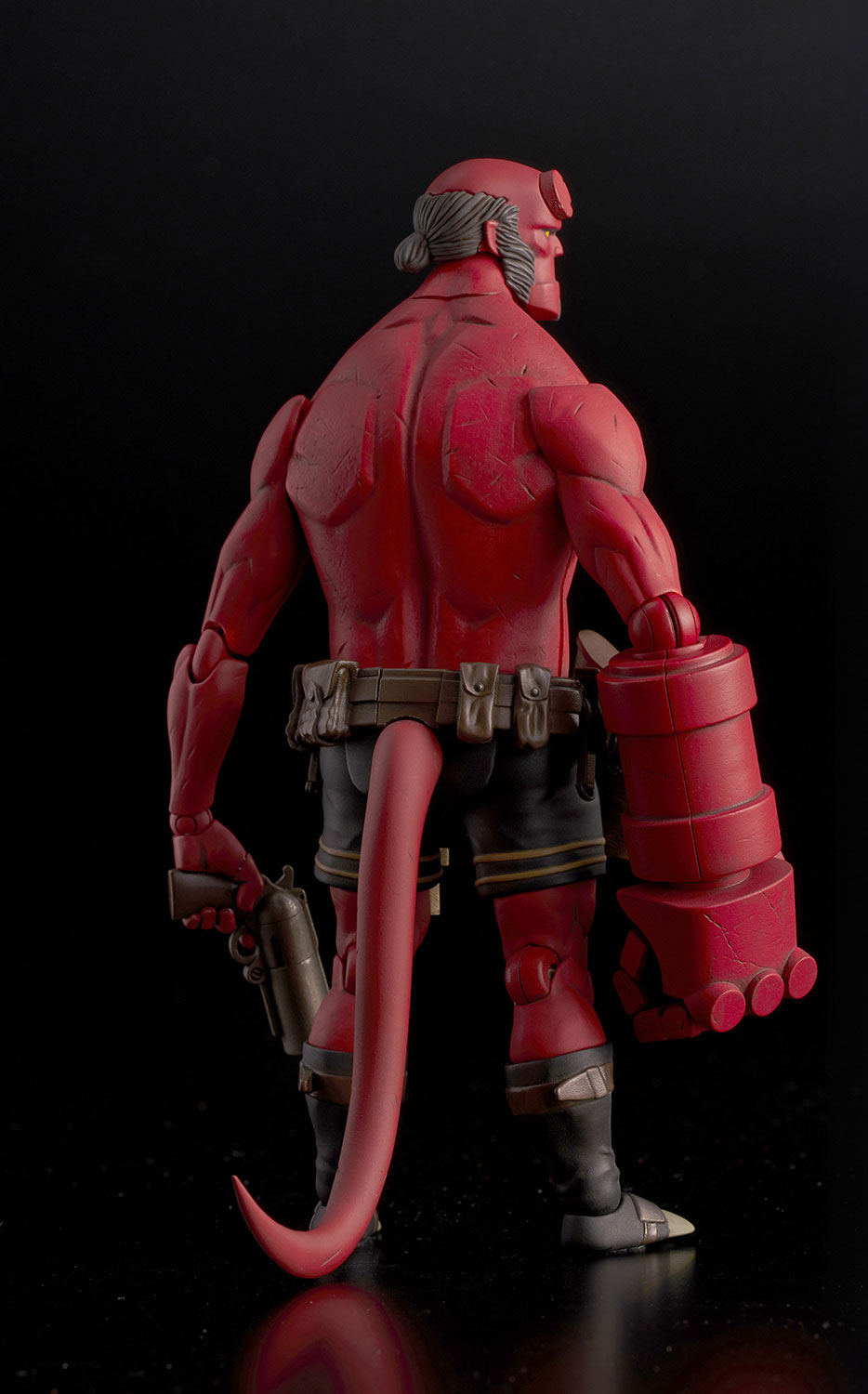 Hellboy Stands Tall In Dark Horse 1000toys Action Figure Previews